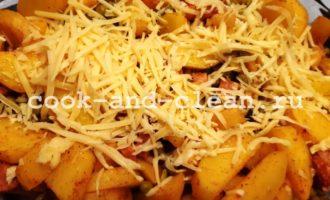 целый картофель запеченный с беконом