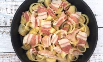 запечь голень курицы в духовке с картошкой