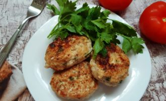 Вкусные куриные котлеты из грудки