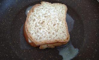 горячие бутерброды с сыром на сковороде рецепт с фото