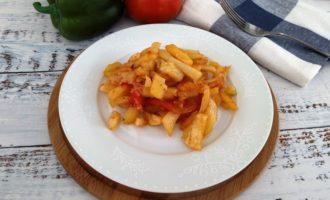 жареная картошка с помидорами