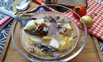 как приготовить суп с консервированной сайрой и рисом