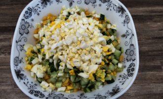 крабовый салат с яйцом рецепт с фото