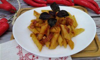 макароны с беконом