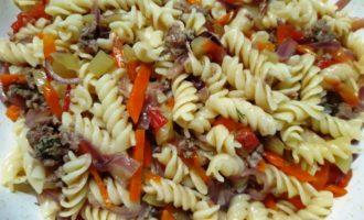 макароны с фаршем на сковороде рецепт