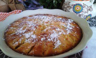 пирог на простокваше с яблоками