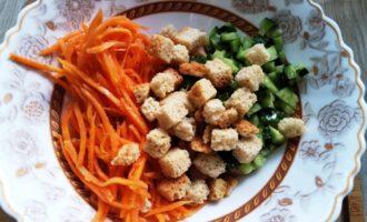 салат с копченой курицей и корейской морковкой пошагово