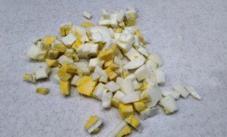 салат с копченой курицей и кукурузой рецепт с фото