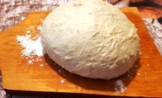 Простое дрожжевое тесто для пиццы