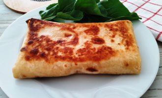 как приготовить лаваш с колбасой и сыром