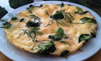 как приготовить омлет с брокколи