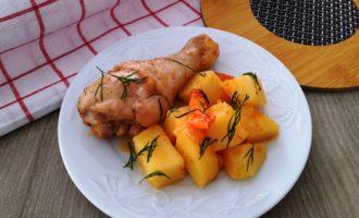 курица с картошкой на сковороде пошаговый