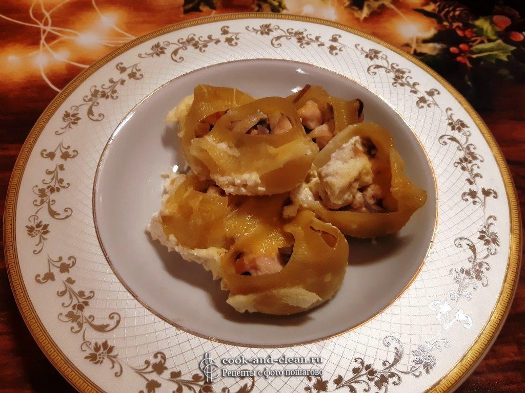 Фаршированные макароны ракушки в сливках