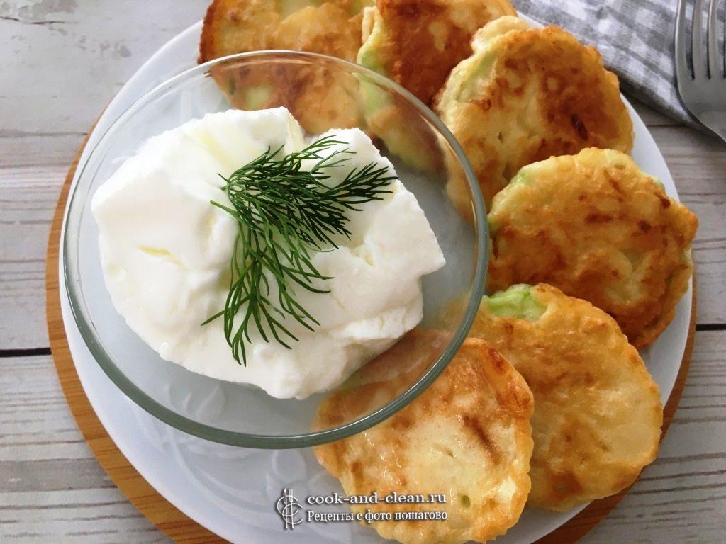 как приготовить жареные кабачки в кляре с сыром
