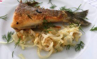 как приготовить рыба жареная с луком