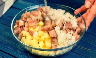 салат с копченой скумбрией рецепт с фото