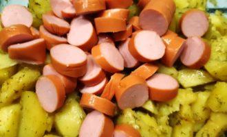 сосиски с картофелем в фольге в духовке