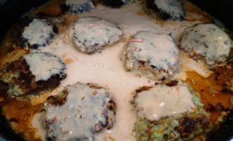 фрикадельки с подливкой на сковороде пошаговый рецепт