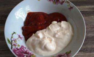 фрикадельки с подливкой на сковороде пошаговый