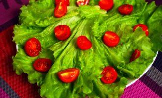 вкусный салат с кальмарами с фото