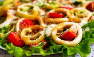 как приготовить вкусный салат с кальмарами