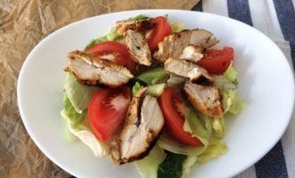 классический салат Цезарь с фото