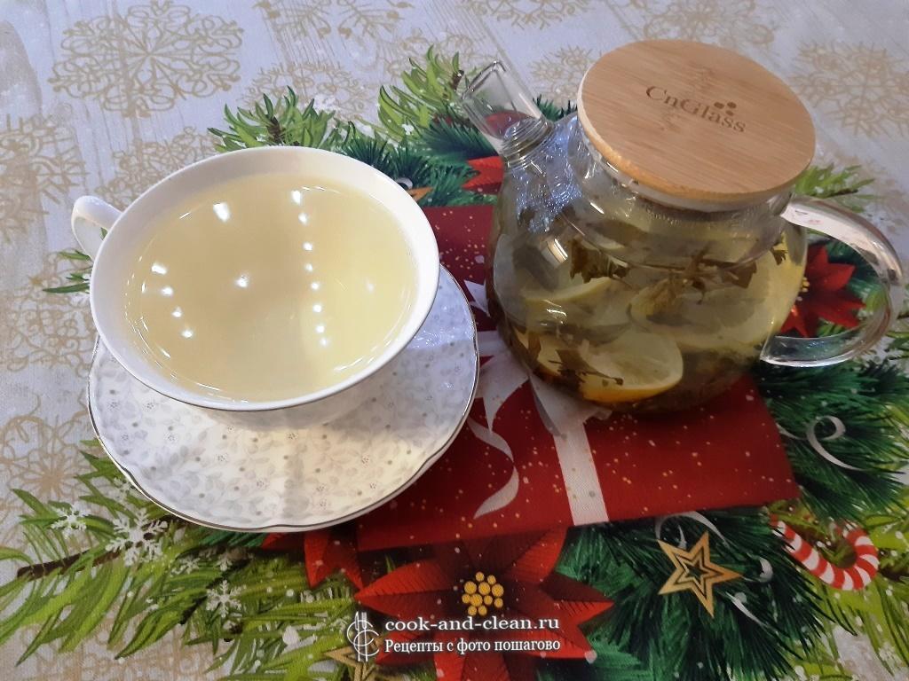 Имбирный чай с мятой и лимоном