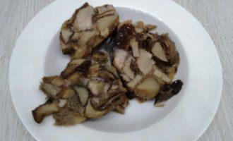 вкусная тушеная капуста с грибами фото