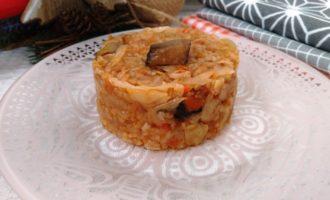 вкусная тушеная капуста с грибами