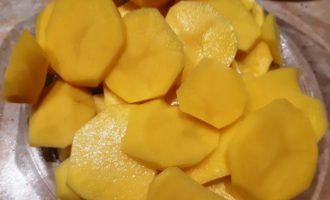 запечь картофель с чесноком в духовке