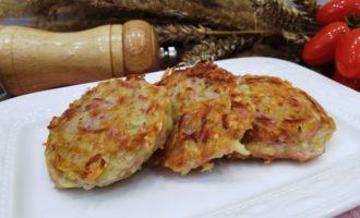 как приготовить драники с сыром и колбасой