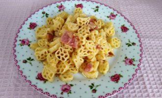 как приготовить макароны с беконом и сыром