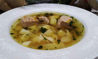 как приготовить суп с лапшой и свининой