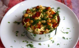слоеный салат с кальмарами пошаговый рецепт