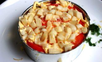 слоеный салат с кальмарами пошаговый с фото