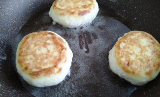 сырники с изюмом и рисовой мукой пошаговый