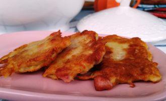 Драники с картошкой и сосисками