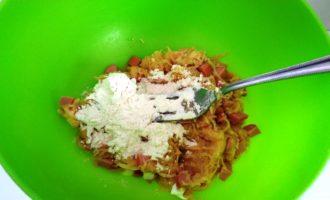 Картофельные драники с сосисками на сковороде рецепт с фото