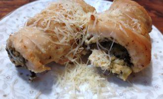 Рулеты из куриного филе с сыром