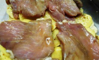 вкусно запечь свинину в духовке с картошкой