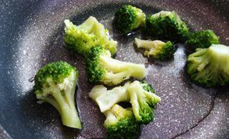 вкусный омлет с брокколи пошагово