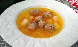 как приготовить вкусный суп с фрикадельками и вермишелью