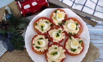 как приготовить помидоры с сырной начинкой