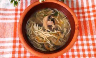как приготовить постный грибной суп с вермишелью