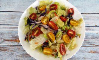 простой салат Цезарь фото