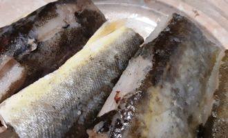 рыба запеченная с овощами под сыром