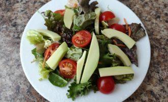 салат Цезарь вегетарианский с фото