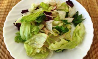 салат Цезарь с креветками в домашних условиях рецепт