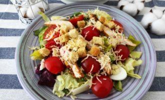 салат Цезарь с курицей классический рецепт