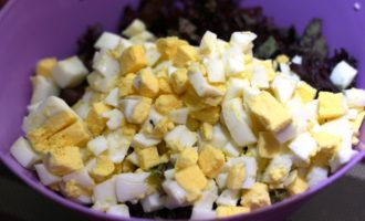 самый простой салат с курицей фото